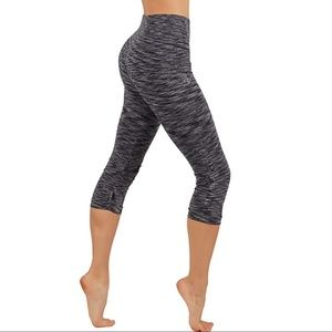 Pants - All Gray Leggings with mid rise waistband capri
